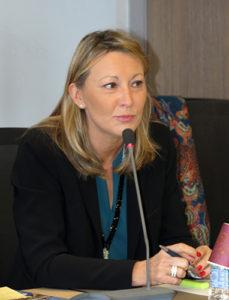 Mme Béatrice BARDIN